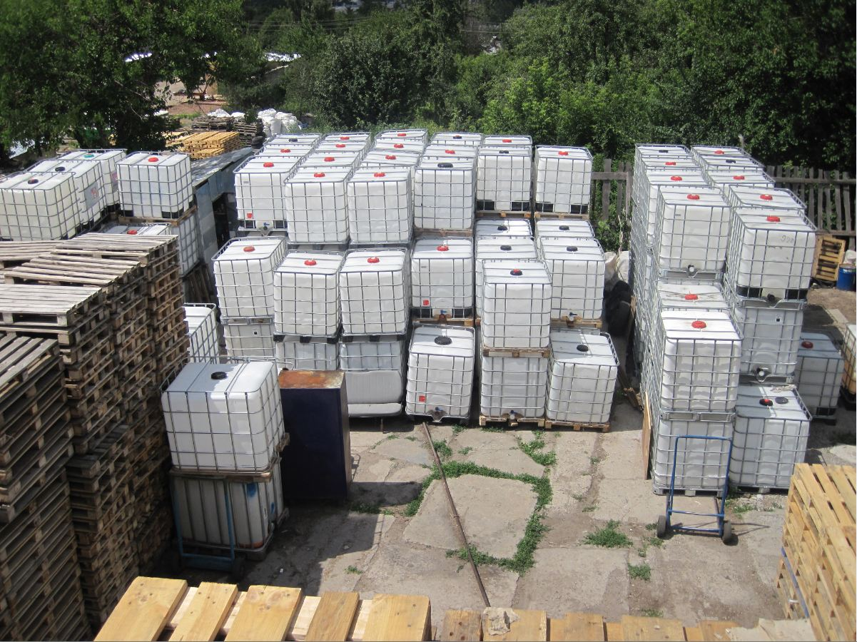 №143 Еврокуб ( IBC-контейнер ) 1000 л, европоддоны, бочки. Евротара-Харьков.
