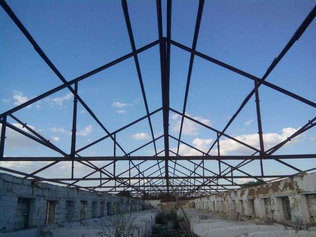 №16746 Продам металлоконструкцию фермы и уголок. Балаклея