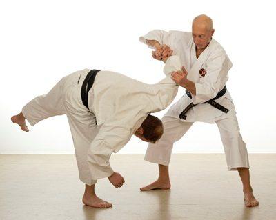 №11194 Тренировка. Обучение самообороне. Взрослые и детские группы.