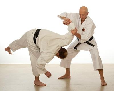 №11322 Тренировка. Обучение самообороне. Взрослые и детские группы.