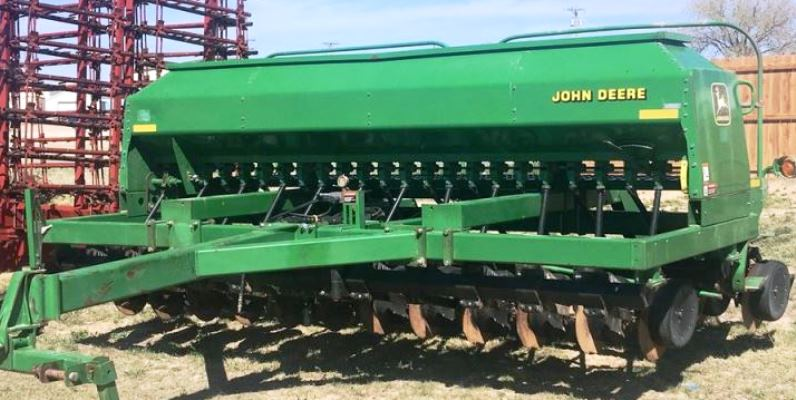№16977 Механическая сеялка. Сеялка зерновая Джон Дир 1560  4,6 м.